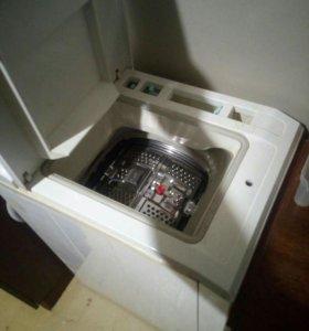 Машинка стиральная бу