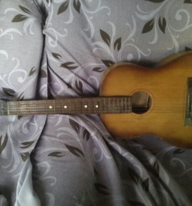 Гитара банка