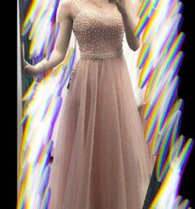 Продам платье, 40-42