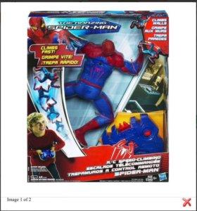 Ползающий по стенам человек - паук