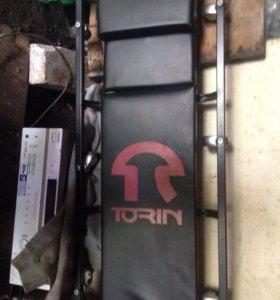 Подкатной лежак torin