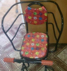 Велокресло для ребенка на багажник.