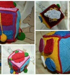 Развивающий кубик для малышей
