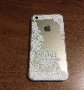 Чехол для iPhone 5 и 5S Белые цветы