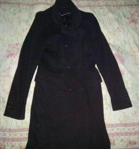 Пальто женское 48 р.