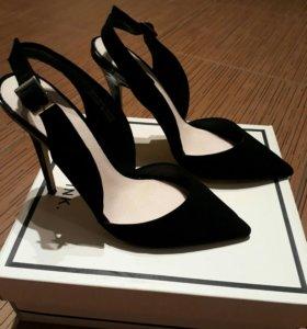 Продаются новые туфли Lost ink