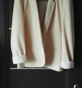 Куртка,пиджак,плащ,ветровка