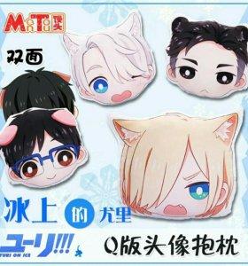 Официальная подушка аниме Yuri!!! on ice