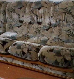 Диван и кресло бу