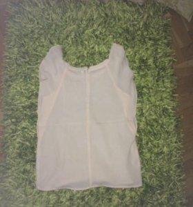 Продам блузку с короткими рукавами