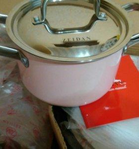 Набор новый посуды
