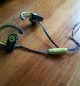 Bluetooth-гарнитура Beats Powerbeats2 Wireless