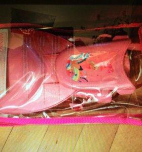 Новые ласты Барби для девочки. С дрставкой