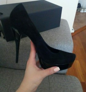 Туфли замшевые Loriblu