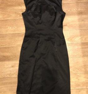 Чёрное платье- футляр классическое, s