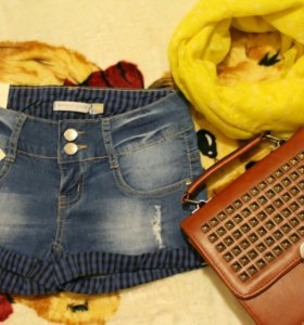 Новые джинсовые шорты 25 размер с биркой