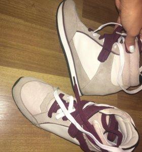 Сникерсы кроссовки из