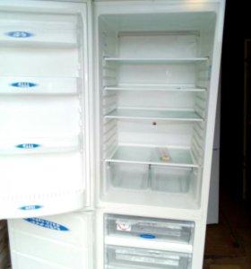 "Холодильник ""ROSENLEW"""