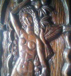 Пано, резьба по дереву, девушка в арке