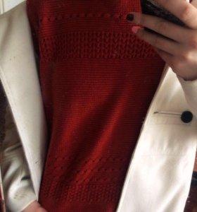 Модный укороченный свитер