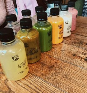 Свежевыжатые соки, смузи лимонад