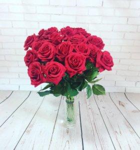 Розы из латекса большие