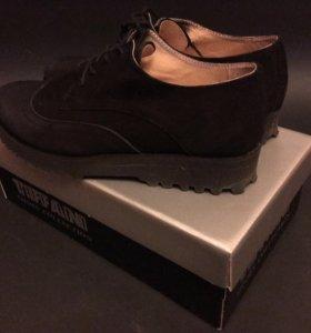Ботинки замшевые чёрные