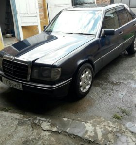 Марсадес W124