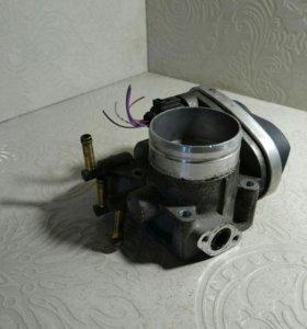 Заслонка дроссельная электрическая 06A133062AB