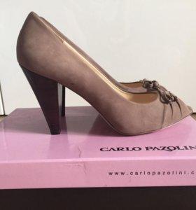 НОВЫЕ туфли замшевые Carlo Pazolini
