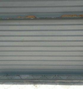 Продается металлическая дверь