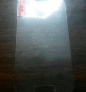 Защитное стекло на Samsung SA S3mini