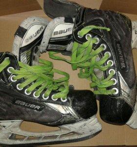 Хоккейные коньки б/у Bauer x 60 LE