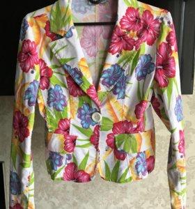 Яркий летний пиджак