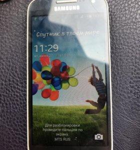 Телефон Самсунг S4 mini