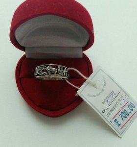 Кольцо, серьги, браслет