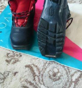 Лыжные ботинки + лыжи