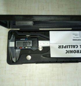 Электронный штангенциркуль