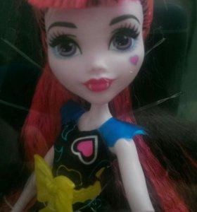 Кукла Монстер Хай дракула под напряжением