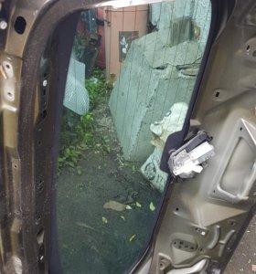 Стекло крышки багажника пежо 3008