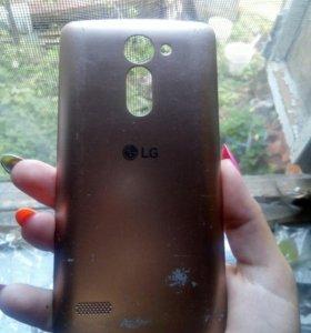 В отличном состоянии LG X 190 REY