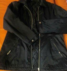 Куртка легкая в идеальном состоянии
