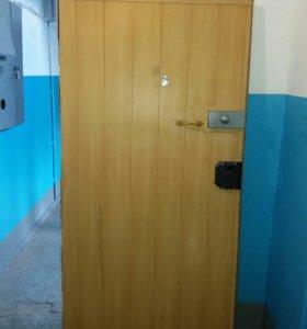 Дверь входная железная 200см на  100см Самовывоз