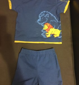 Костюм (шорты и футболка)