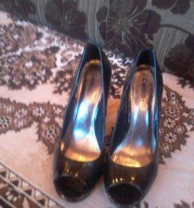 Туфли ;босоножки.
