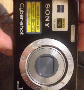 Фотоаппарат Sony 12 megapixel