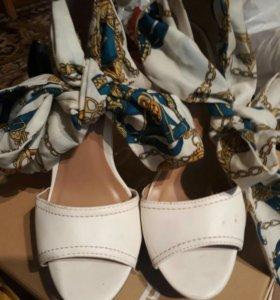 Босоножки туфли