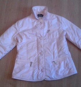 Нежно-розовая куртка