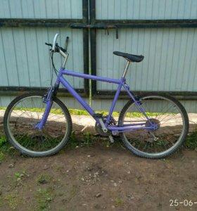Скоростной велосипед старого образца