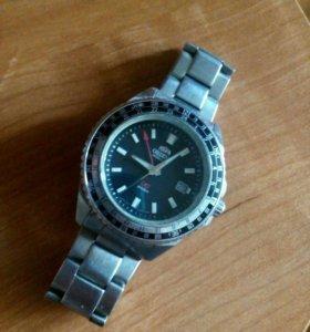 Часы (ORIENT)
